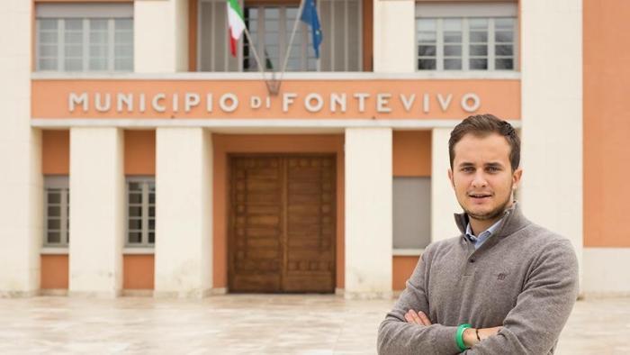 PARMENSE, HA 20 ANNI E GUIDA UNA VOLVO: E' IL SINDACO PIU' GIOVANED'ITALIA