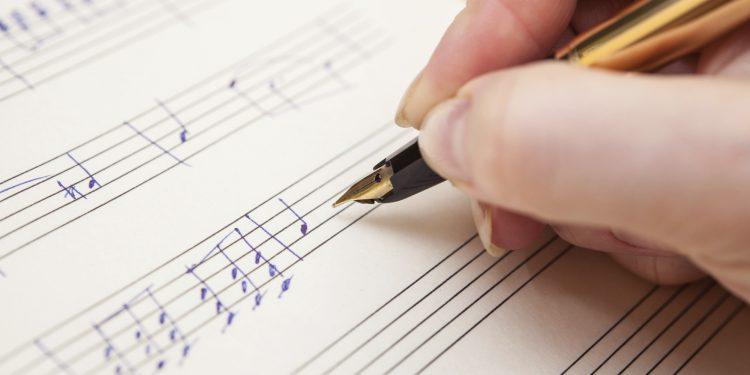 Diritto d'autore: chi può praticare la sincronizzazione di operemusicali?
